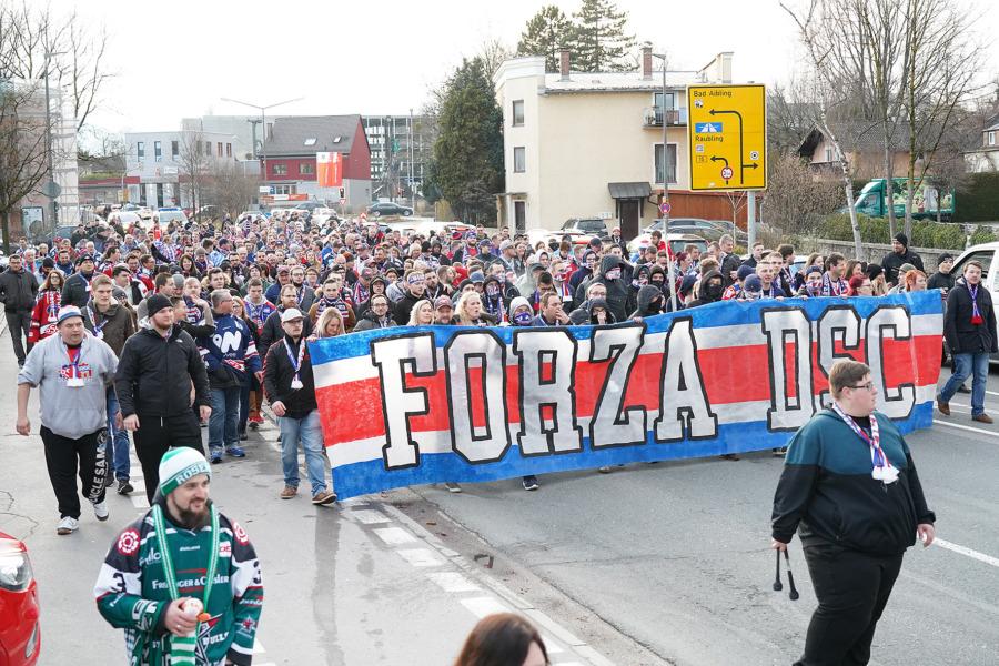 Deggendorfer Rumpfteam unterliegt in Rosenheim mit 4:8